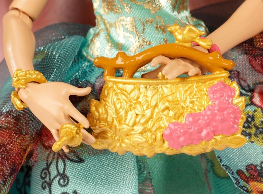 Ashlynn Ella leacy day doll purse