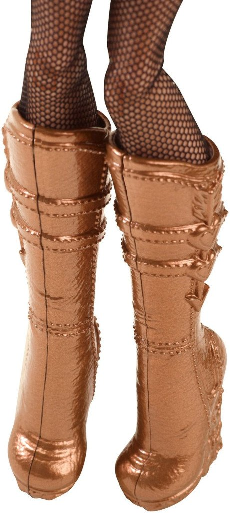 ca-cupid-through-the-woods-doll-boots