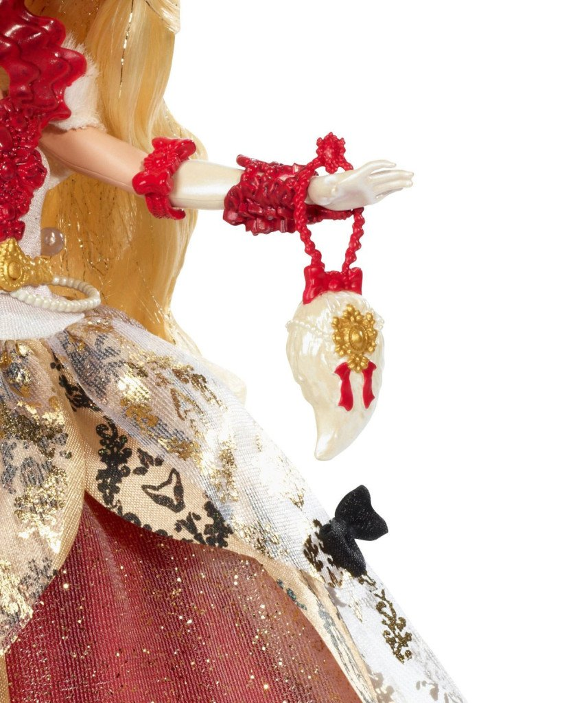 apple-white-thronecoming-doll-purse