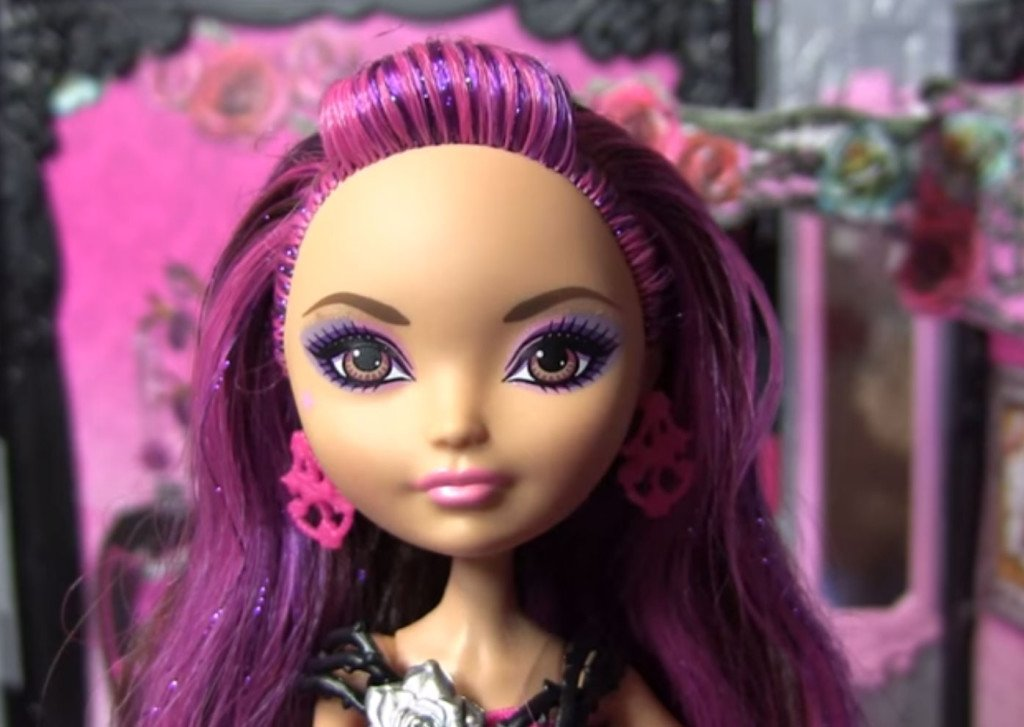 Briar Beauty Thronecoming Doll And Playset Ever After High