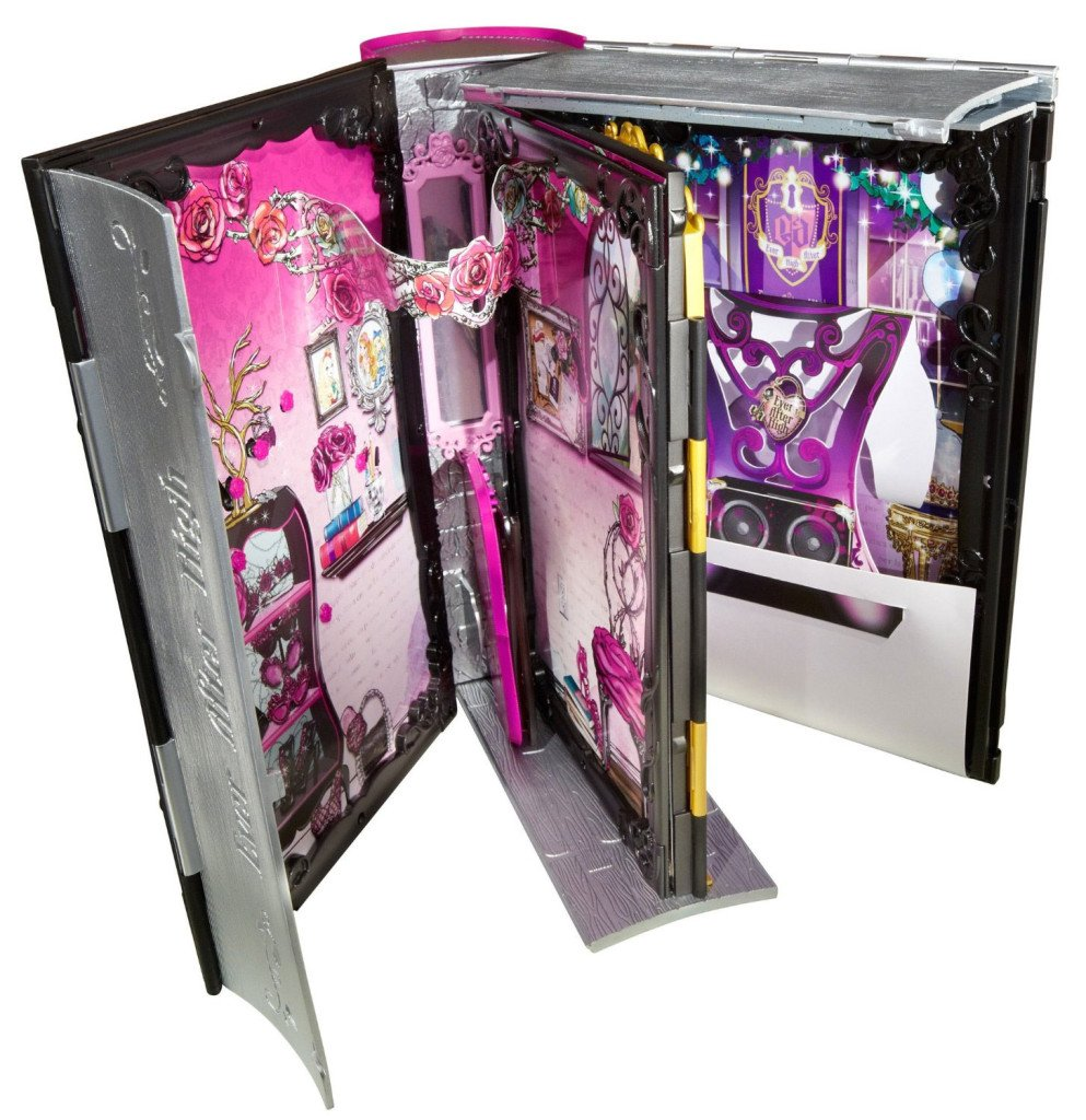 briar-beauty-thronecoming-folded-book-playset