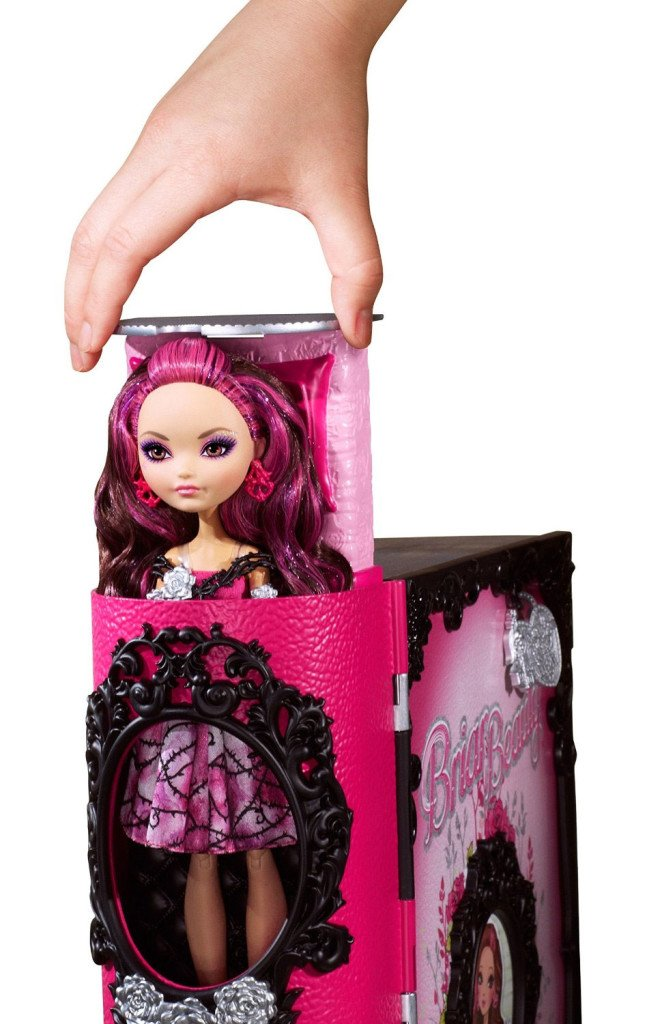 Briar Beauty Thronecoming doll and Playset Ever After High Dolls Briar Beauty Thronecoming