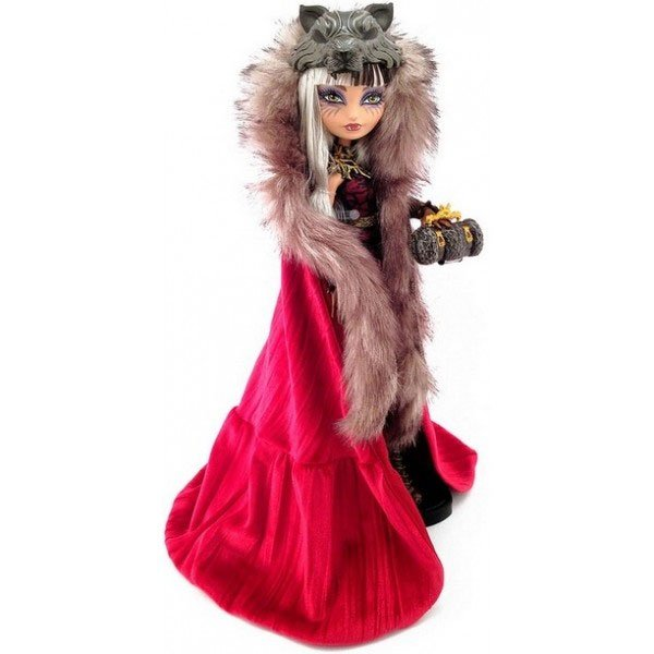 cerise-wolf-doll-cape