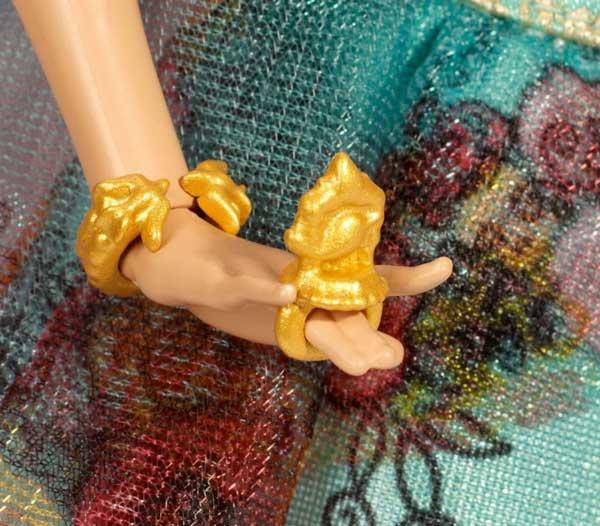 Ashlynne ella legacy day doll double finger ring